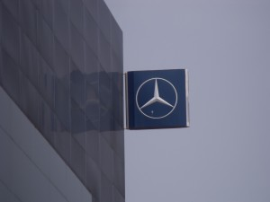 Mercedes ancien Garage Kroely