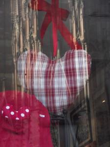 La cathédrale de Strasbourg est un cœur Karim TATAI exposition K love