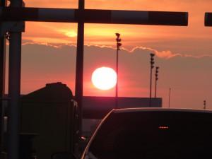 Coucher de soleil au péage de l'autoroute- Karim-TATAI-Strasbourg