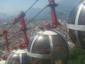 Grenoble, les boules, montée à la Bastille, Karim-TATAI-Strasbourg