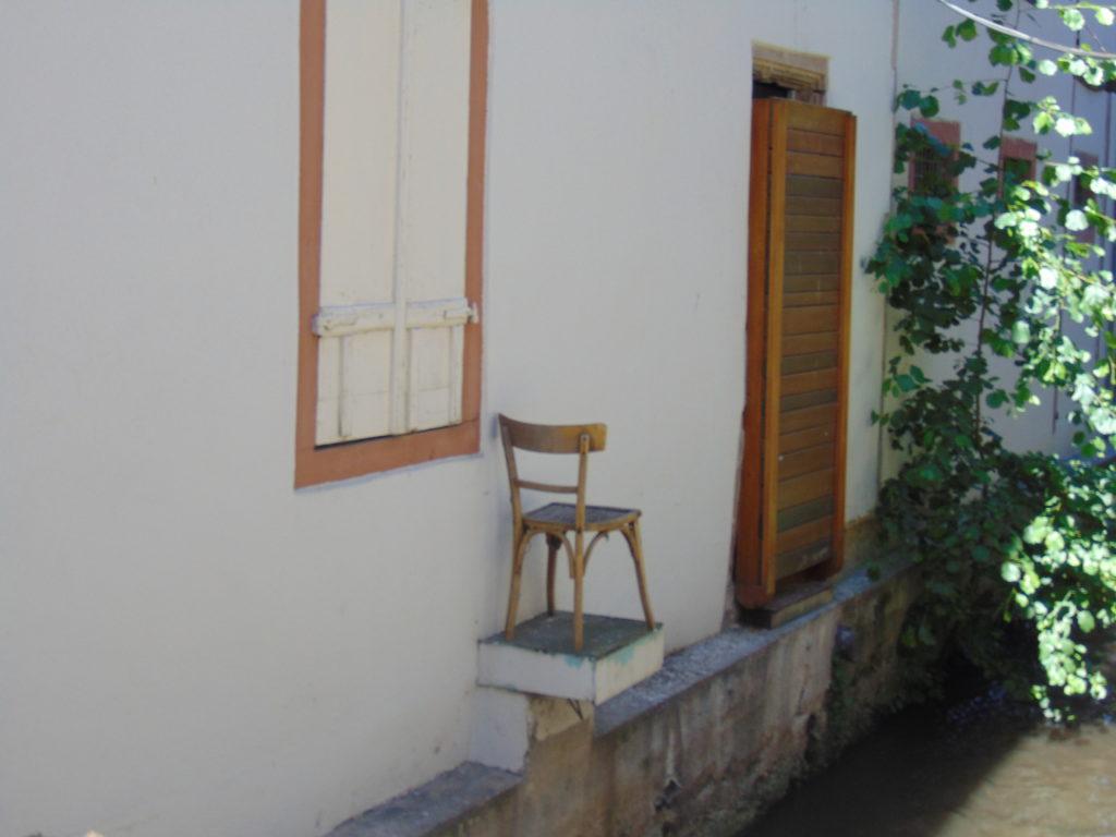 chaise-colmar-juillet-2018-Karim-TATAI-Strasbourg